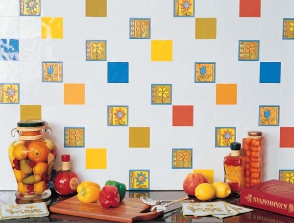 Для кухни многие подбирают яркие цвета