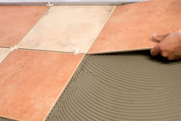 Срок службы плитки на фанеру/ОСП зависит от правильности подобора клея