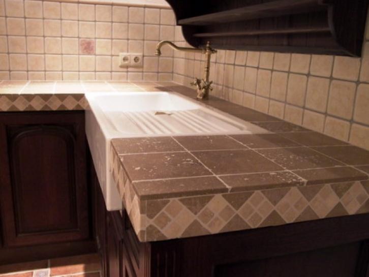 Столешница в ванную своими руками: из чего и 47