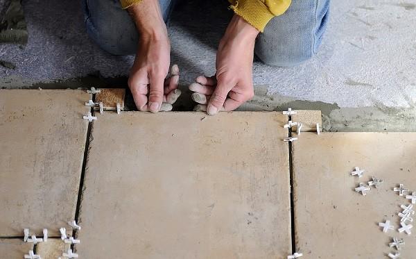 Крестики - незаменимые аксессуары для укладки плитки