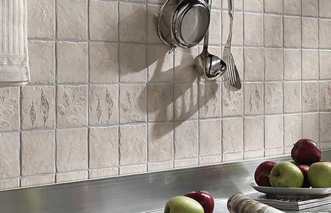 Кухонный фартук из рельефной плитки