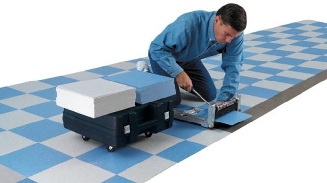 Подрезка плитки по нужным размерам