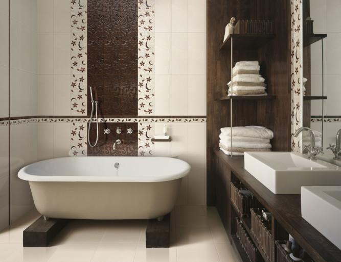 Лучший декоративный элемент в маленькой ванной - однотонная полоса