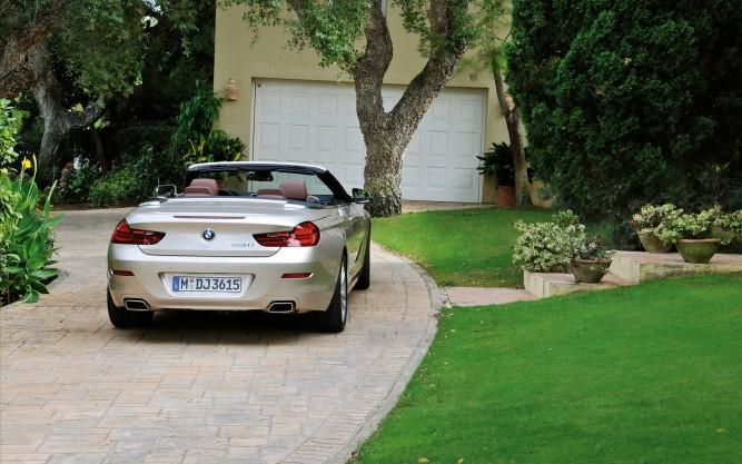 Тротуарная плитка перед гаражом