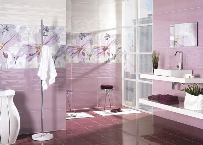 Интерьер ванной комнаты с плиткой