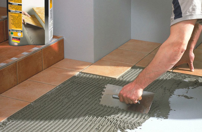 Необходимая толщина плиточного клея