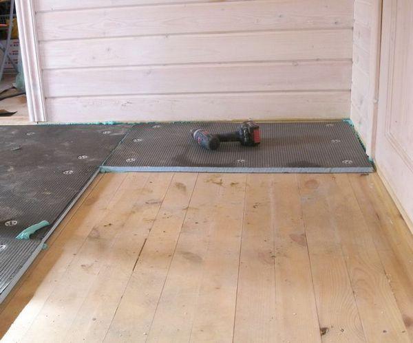 Укладка влагостойкого гипсокартона на деревянный пол под плитку