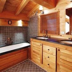 Плитка в деревянном доме