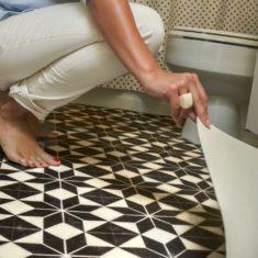 Укладка линолеума поверх керамической плитки